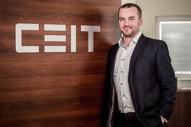 Bezobslužné automatické roboty CEIT inovují interní logistiku ve ŠKODA AUTO