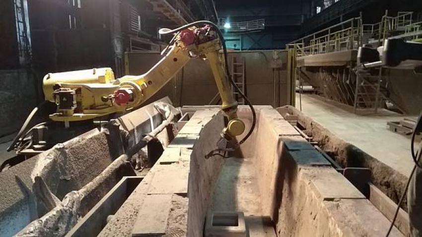 Robot našel uplatnění v těžkém průmyslu