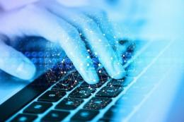 Frekvence kybernetických útoků se zaprvní polovinu roku 2021 zdvojnásobila