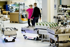 Mobilní roboty řeší současné výzvy vnitropodnikové logistiky