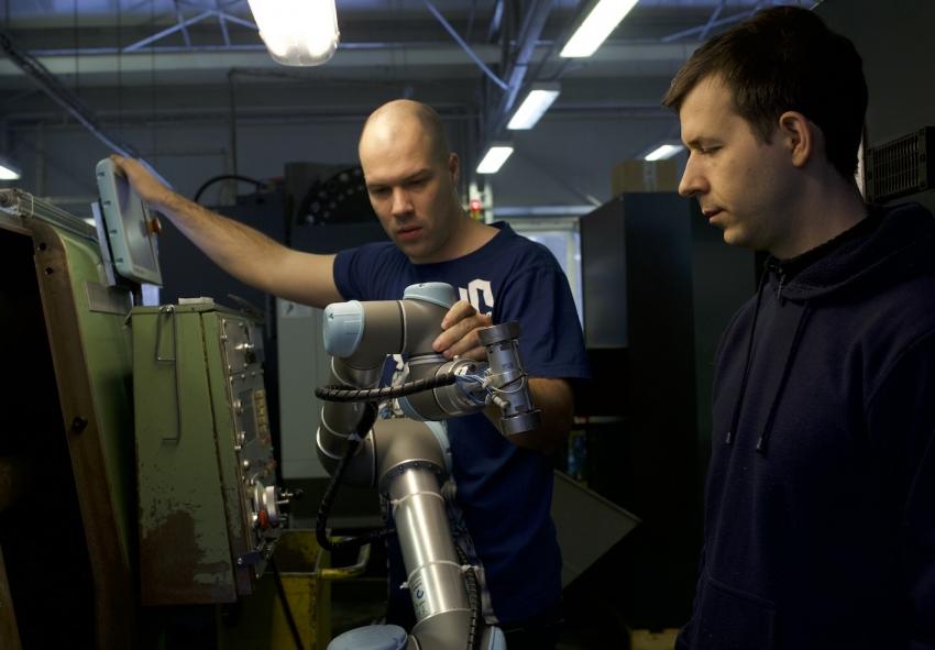 Aplikace nových robotů rozšiřuje definici kolaborativnosti