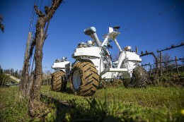 Inovativní robotické technologie v praxi: SMASH Agrobot z Itálie