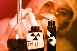 Průmyslové firmy skupují respirátory proti koronavirům