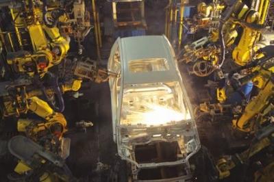 Příprava robotů a pracovníků na Průmysl 4.0