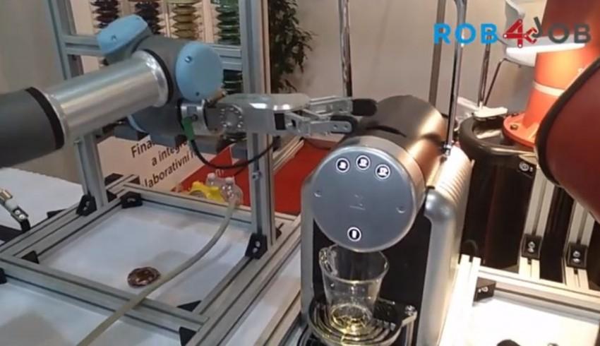Přijměte pozvánku na kávu s robotem