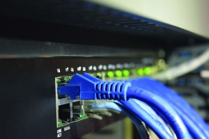 Osm způsobů kybernetického zabezpečení ICS v ultrapropojeném světě